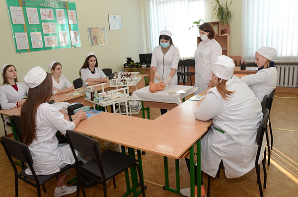 Кабінет медсестринства в педіатрії (зав.каб. Вельган А.Л.)
